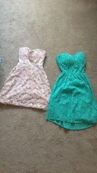Size small sleeveless dresses Greensboro, 27407