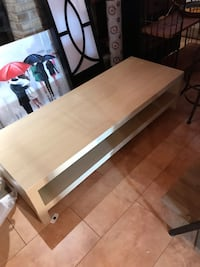Ikea tv table Brossard