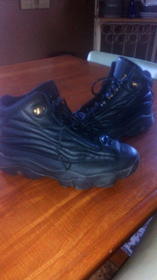 fea15306f61 Used Boys size 6 pro strong Nike sneakers for sale in Tewksbury - letgo