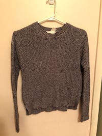 Grey sweater with zippers on the side, xs Toronto