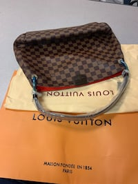 brown and black Louis Vuitton leather crossbody bag Waldorf, 20603