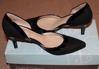 Women's Shoes Sizes are all 7.  Mississauga