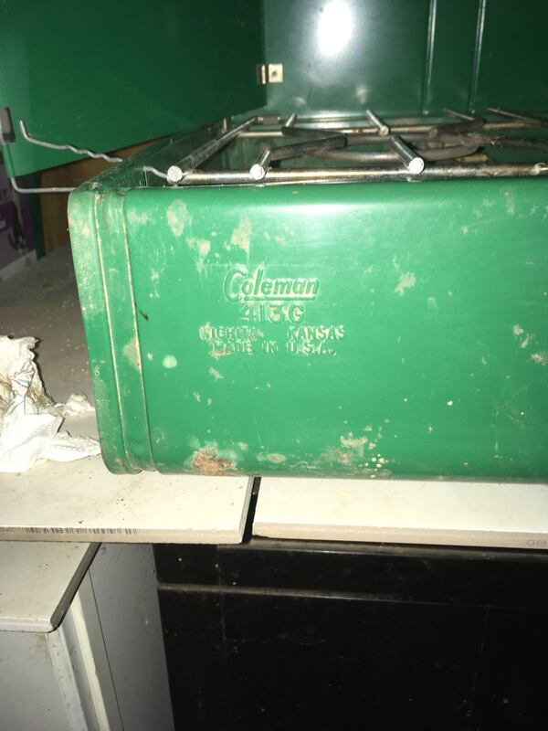 COLEMAN cooking top for camping be4b28ad-adb7-4806-8320-81ab2061e65b