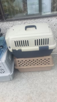 white and blue pet carrier Saanich