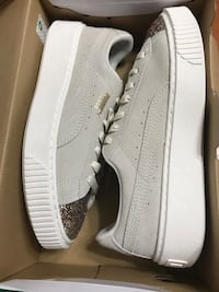 Women's Puma suede shoes size 8 Mississauga, L5B 3A7