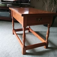 Side table Hagersville, N0A 1H0