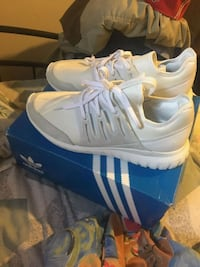 Tubular Radial Adidas Shoes Scarborough, M1P 2T7