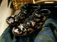pair of black-and-pink floral boots Red Deer, T4N 2G5
