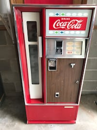 Coca~Cola machine 1960's
