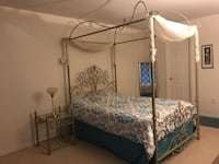 Canopy bed with night stand Bethesda, 20817
