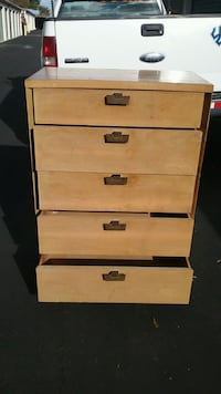 (5) Drawer Vintage Mahagany Chest