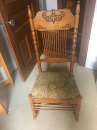 Antique Rocking Chair Minneapolis, 55403