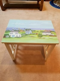 ADORABLE SEASHORE TABLE.  PICK UP MIDDLEBORO ONLY.