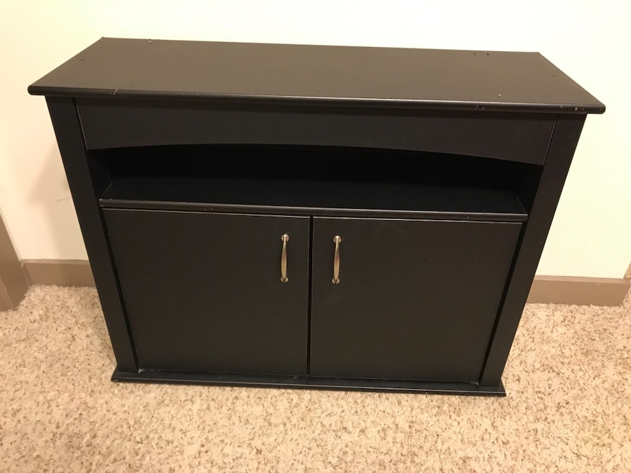 Used fish tank 40 gallon stand plus other accessories for 40 gallon fish tank stand
