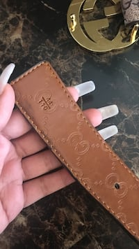 brown leather Louis Vuitton belt