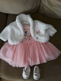 baby girl clothes  0-3 months its a set with the shoe Toronto, M3N 1J3