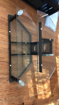 """TV stand (38"""" wide) Frederick, 21701"""