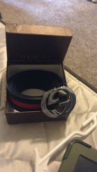 Black gucci leather belt with box Newport News, 23602