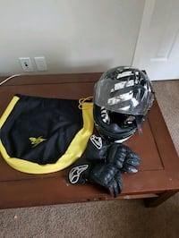 Scorpion exo with alpine star gloves  Calgary, T3M 0J4
