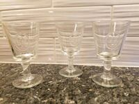 Wine / Water Glasses Fleur de Lis French Alexandria, 22314