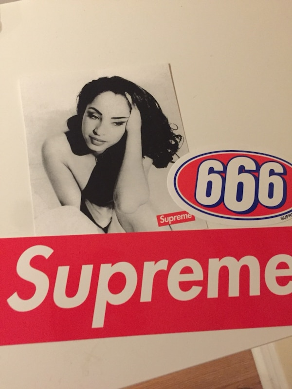 3 supreme Stickers (box logo 8df6e8e34