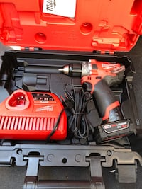 "Milwaukee  [PHONE NUMBER HIDDEN] "" fuel hammer drill kit. With 3.0 battery charger and case (new) Roswell, 30075"