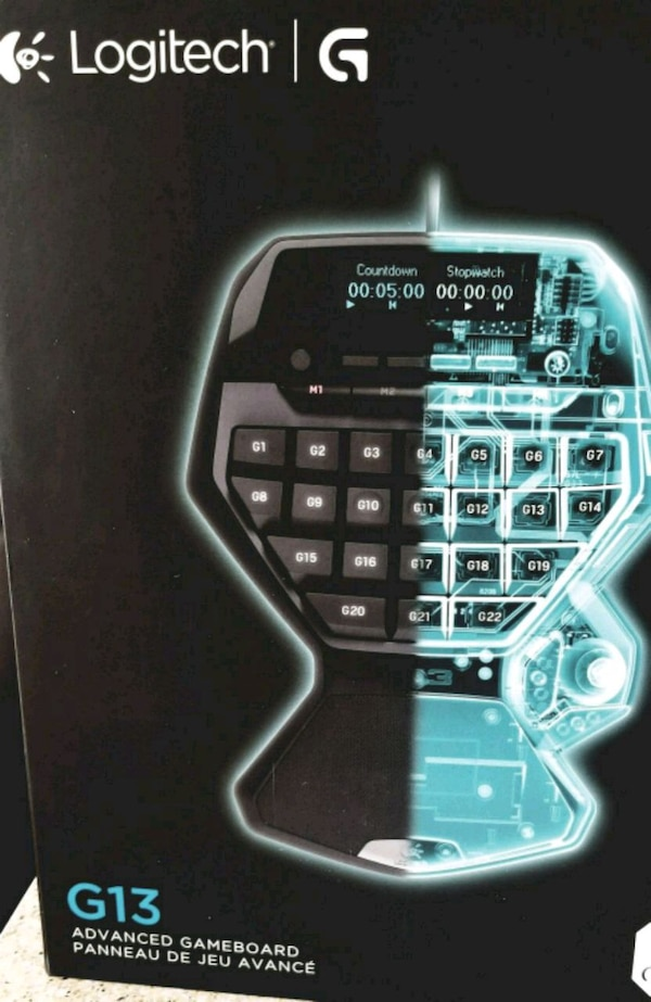 Logitech G13 Programmable Gameboard with LCD Displ