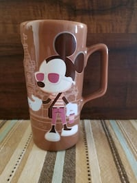 Disney Mickey and Minnie Mouse coffee mug.  Whitby, L1P 1A2
