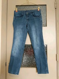 Reversible blue jeans 2 pairs in one size 2-4 check out all 4 pics  Calgary, T2E 0B4