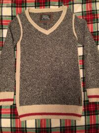 Women's Roots sweater New Westminster, V3M 3R7