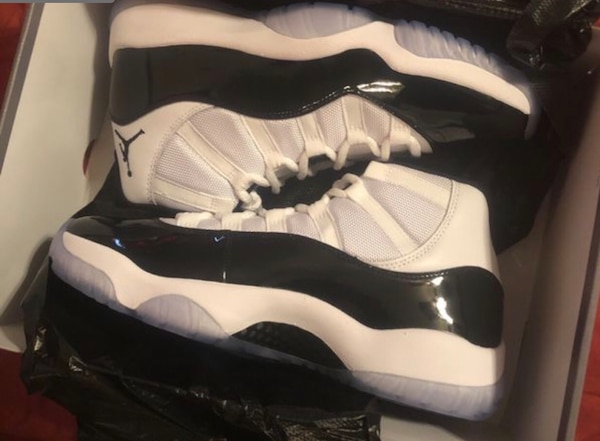 9acd957c3511bc Used pair of white Air Jordan 11 s with box for sale in Forney - letgo