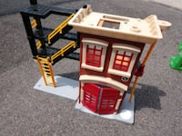 Playset - Red House with ladder DOLL HOUSE SORT OF Manchester, 03103