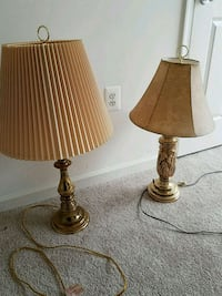 2 lamps, 5$ for both Woodbridge, 22192
