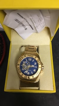 Men's gold invicta watch, brand new!