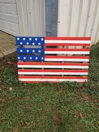 USA flag painting on wood plank Purcellville, 20132