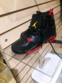 pair of black-and-red basketball shoes 2269 mi