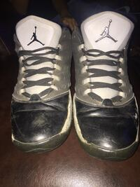 Free shoes  good condition (FREE) San Angelo, 76903