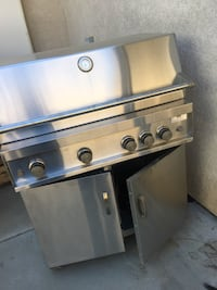 Stainless steel gas grill with propane tank price has been reduced  Perris, 92571