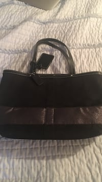 black and brown leather tote bag East Brunswick, 08816