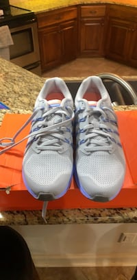 ce614356393e96 Used toddler 5 shoes for sale in Tallassee - letgo