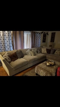 Sectional sofa set  null