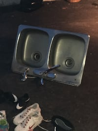 Stainless steel sink with faucet Montréal, H1M