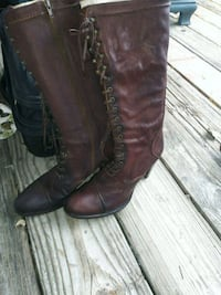 pair of brown leather knee-high boots Rockledge, 32955