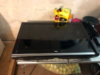 "40"" taco tv with full motion stand East Patchogue, 11772"