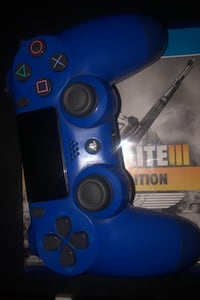 Controller and games  dm if interested Toronto, M1B 3C2
