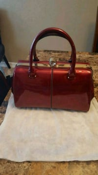 New red purse