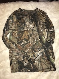 Camouflage Long sleeve Size M 5/6.  Phenix City, 36867