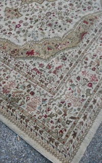 Beautifully accented 9 × 12 rug Dallas, 75206