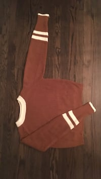 Brown and white knit sweater Chicago, 60614