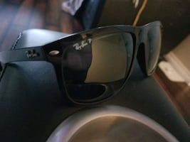 ☆ BEST DEAL LIKE NEW ray bans SHADES sunglasses